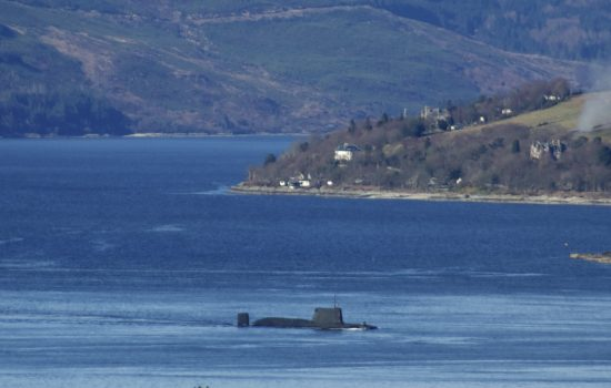 Submarine down the Clyde river. Photography by easylocum.