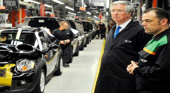 Business minister visits Oxford MINI plant