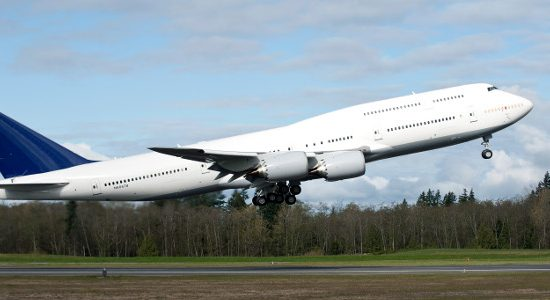 Record first quarter for commercial aircraft deliveries in 2014