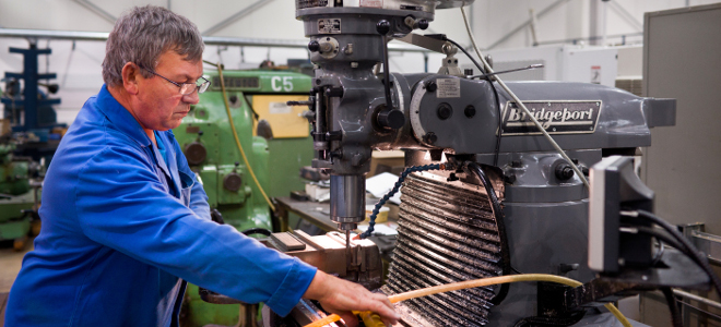 UK manufacturing grows at slowest rate for eight months