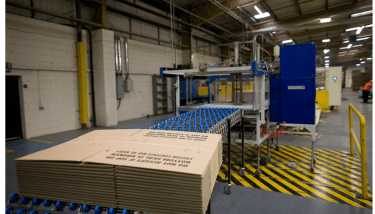 How a cardboard box is made at Kite Packaging.