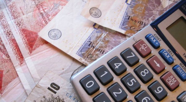 British pounds - image courtesy of Images_of_Money