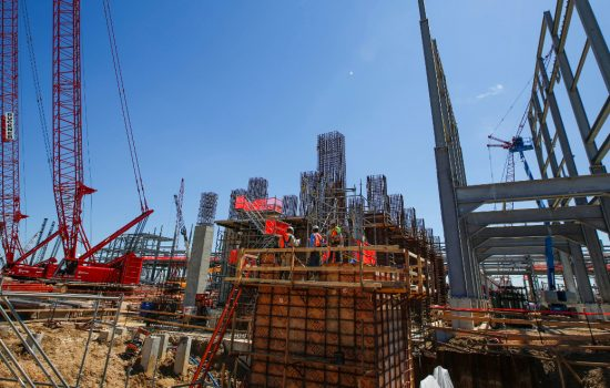 ExxonMobil says US chemical industry export capacity will increase. The company is developing a new site in Baytown, Texas, where about 4,000 workers have been on site for 10 months.