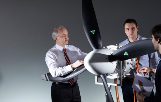 Siemens new, powerful aircraft electric motor. Image courtesy of Siemens