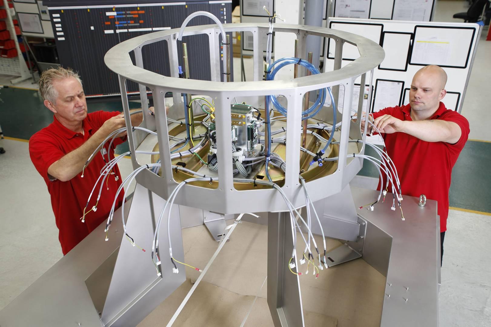 An Ishida multi-head weigher machine in production