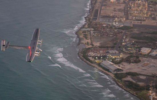 The Solar Impulse plane preparing for landing in Hawaii - image courtesy of Solar Impulse.