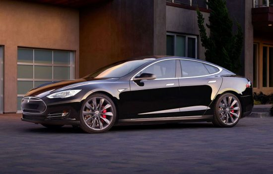 Tesla reportedly loses around $4000 on each car sold. Image courtesy of Tesla Motors.