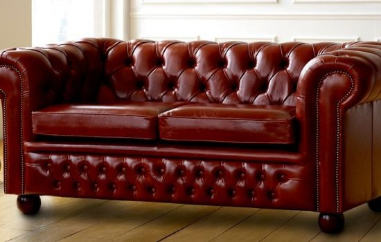 Claridge Leather Chesterfield Sofa (image courtesy of The Chesterfield Company).
