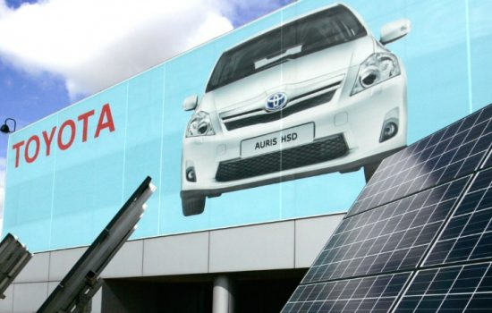 Toyota's assembly plant at Burnaston has a 17,000 panel solar array that generates 4.1 MW of electricity - image courtesy of Toyota UK