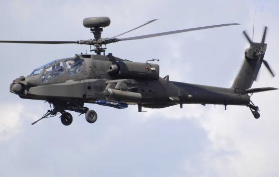 An Apache attack helicopter. Image courtesy of Wikipedia Commons