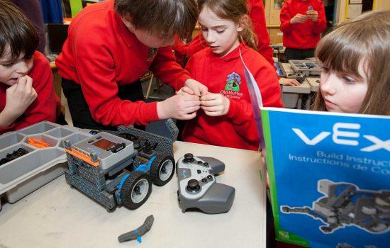 VEX Robotics, in partnership with FANUC, new robotoics syllabus