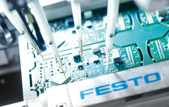 Electronics manufacturing at the Scharnhausen Technology Plant employs different testing methods to ensure superior quality.