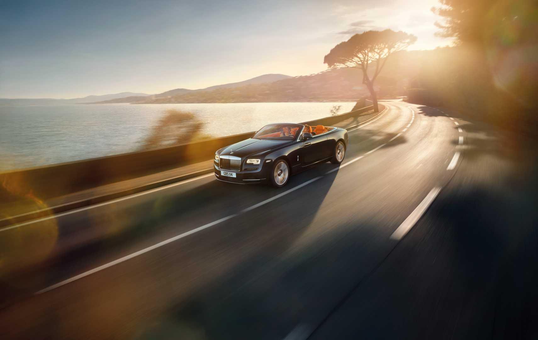 Rolls-Royce Motor Cars celebrates second highest sales record