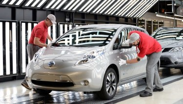 50,000th Nissan LEAF produced in the UK - image courtesy of Nissan