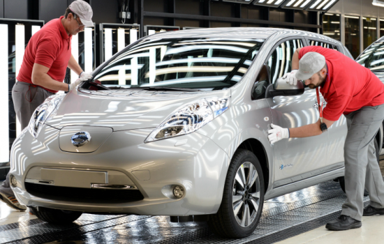 The autonomous vehicle tests will reportedly involve a modified version of the electric Nissan LEAF - image courtesy of Nissan UK.