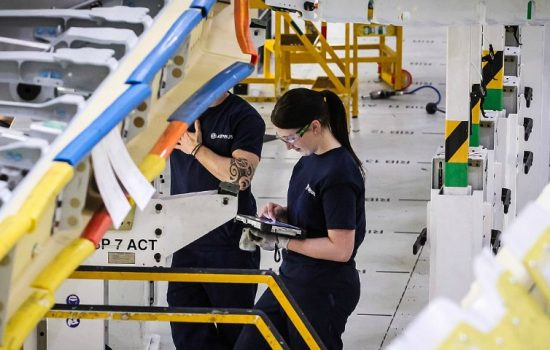 Airbus apprentices - image courtesy of EAL / Semta