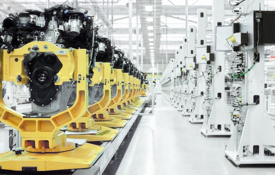 UK Manufacturing Jaguar Land Rover's world-class engine family has been designed and built from scratch to bring manufacturing back to the UK.
