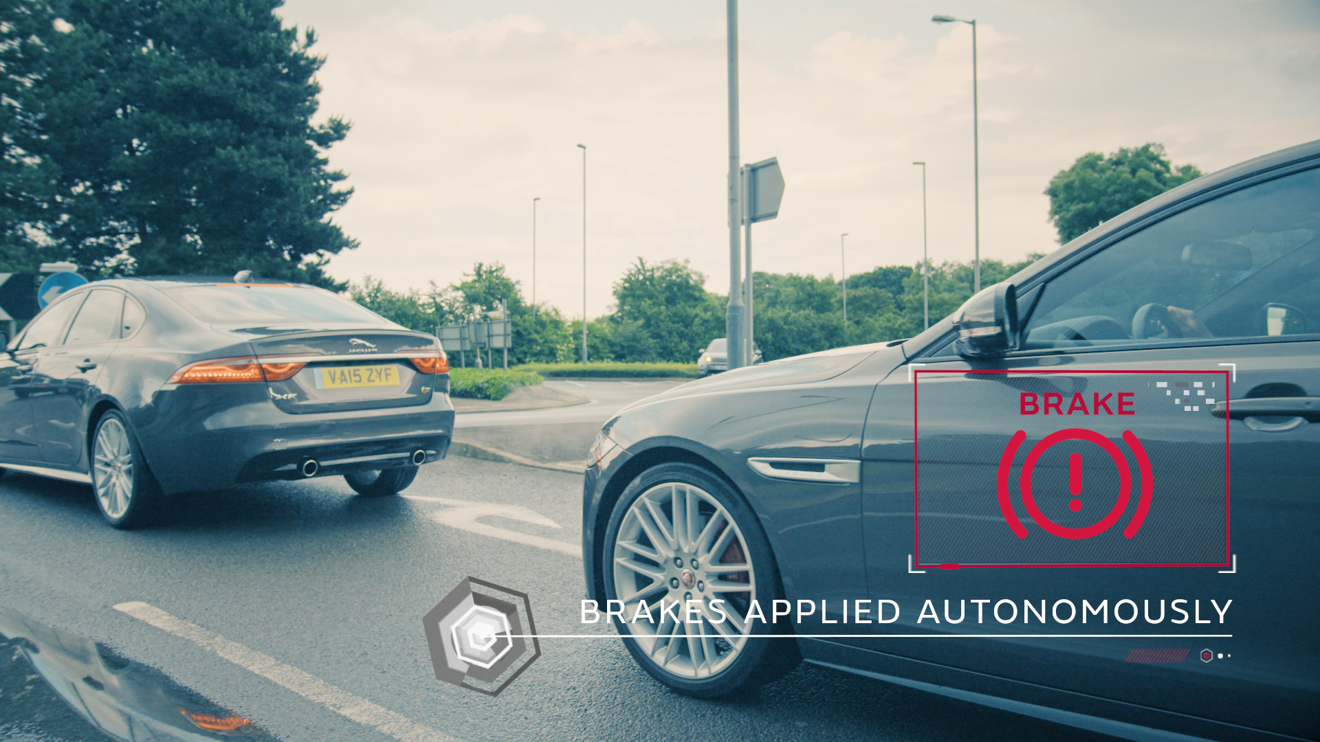 Connected & Autonomous Vehicle (CAV) technologies -Safe Pullaway is an assistance system to prevent low speed collisions - image courtesy of JLR.