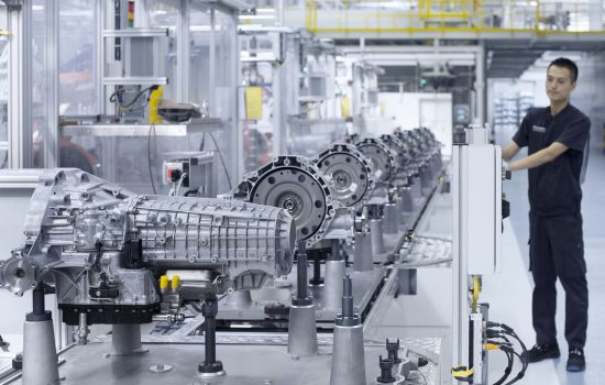 The assembly line of the 7-speed S tronic transmission DL 382 at the 'Volkswagen Automatic Transmission Tianjin' (VWATJ), China - image courtesy of Audi.