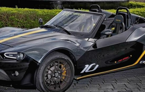The 500 bhp/tonne Zenos E10 R can go from 0-60 mph in approximately three seconds - image courtesy of Zenos Cars.