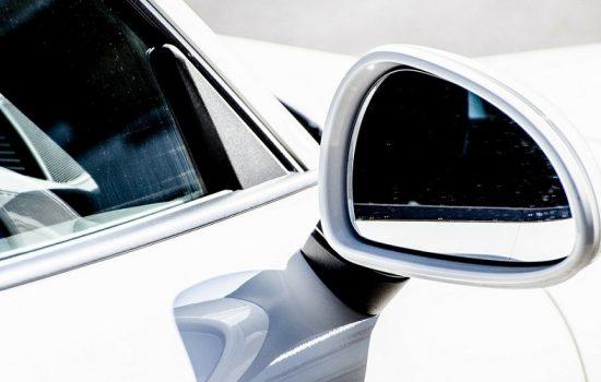 Dispositivo combatirá contra el robo de espejos de los vehículos