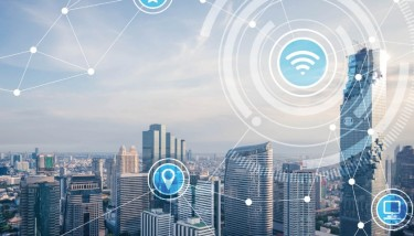 IoT Industrial Internet of Things IIoT Connectivity Connected Manufacturiing Data Digital Tech - Stock Image