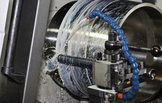 UK Manufacturers CNC Machine Metal Machinery Stock - image courtesy of Pixabay.