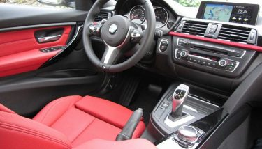BMW 3 Series Interior – image courtesy of Pixabay.