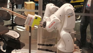 KUKA robot integrated with Huawei 5G technology - image courtesy of Huawei and KUKA.