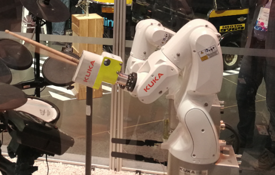 KUKA and VINCI Energies aim to offer tailor-made solutions to meet the growing demand for IIoT solutions - image courtesy of Huawei and KUKA.