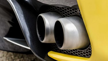 Automotive Car Exhaust Tailpipe CO2 Emissions - image courtesy of Pixabay.
