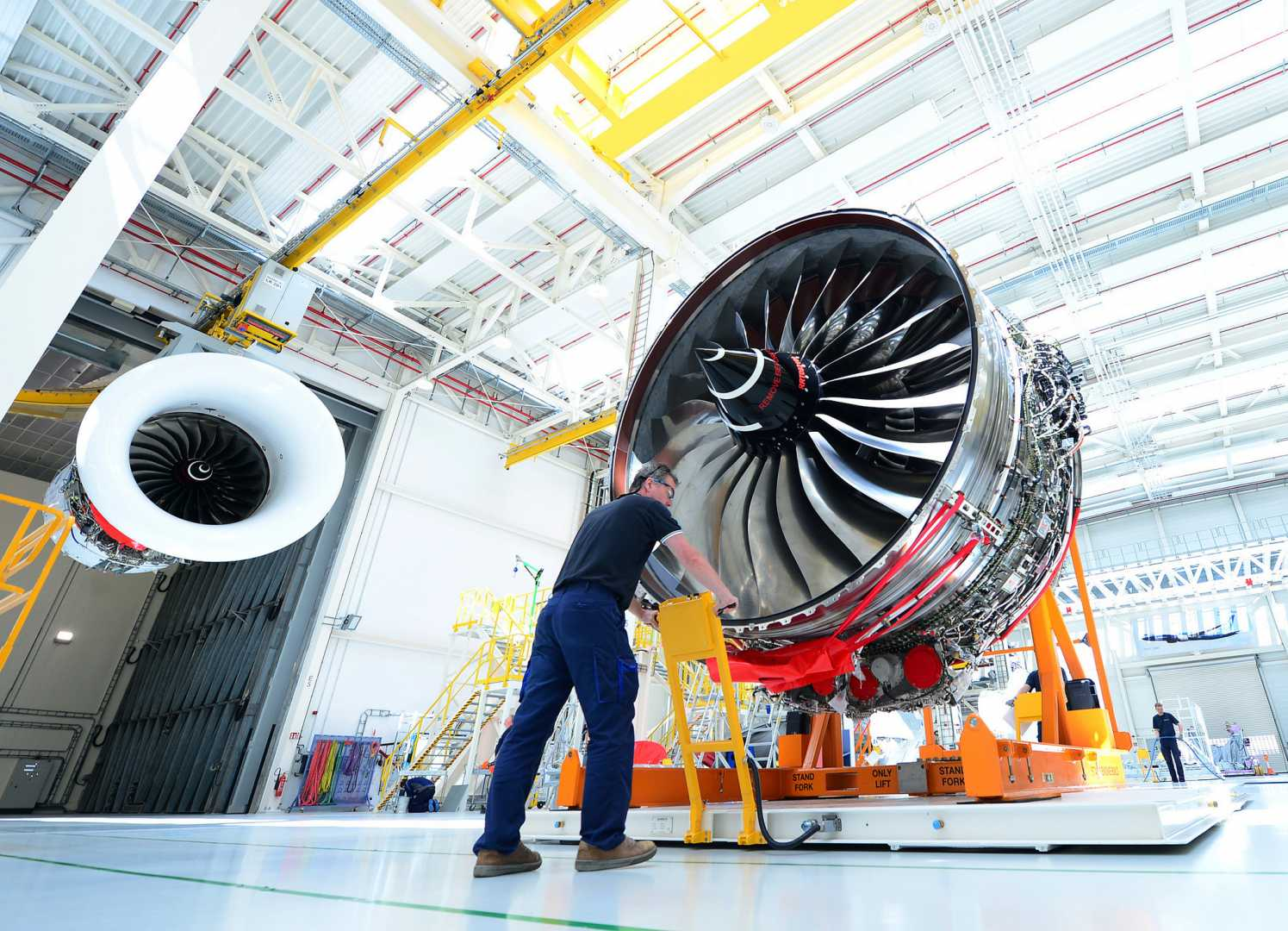 This turbofan jet engine is the power plant for the Airbus A350 XWB - image courtesy of Rolls-Royce.