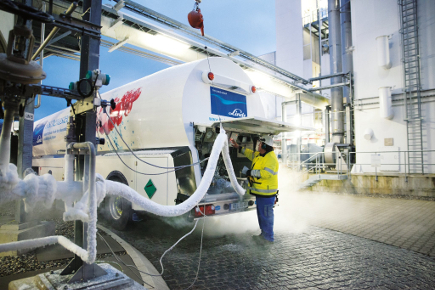 Gas is important for AM, from powder production through the build-up process to post-manufacturing processing - image courtesy of Linde