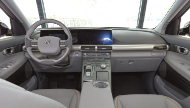 The interior of the Hyundai Motor's Next-Gen Fuel Cell SUV - image courtesy of Hyundai.