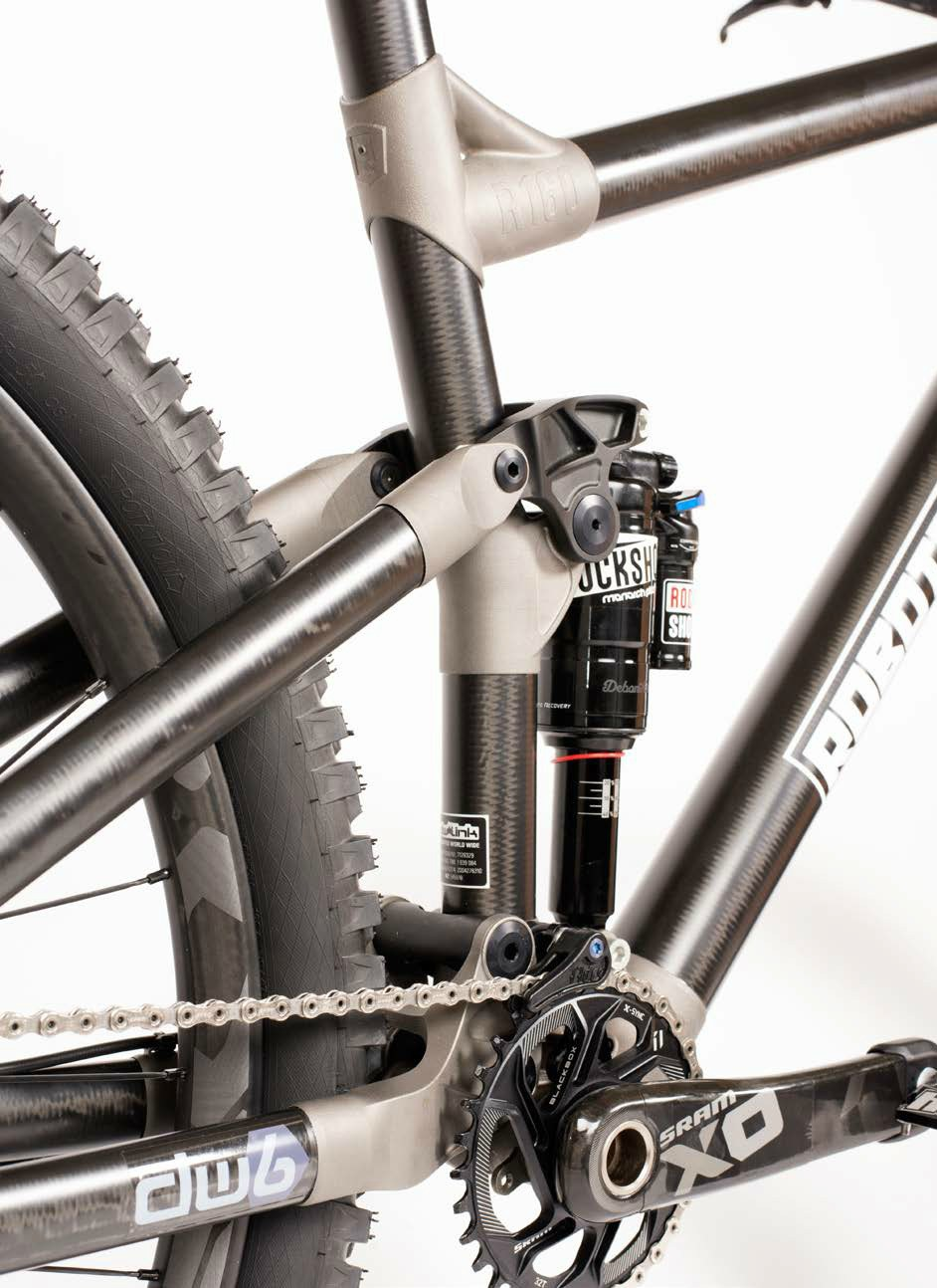 Robot Bikes' frame incorporates 3D printed titanium lugs and unidirectional-fibre carbon tubes - image courtesy of Robot Bikes.