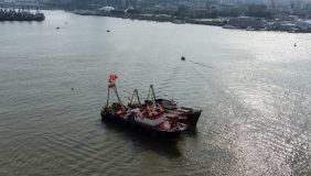 The new electric cargo ship will carry coal around the Pearl River Delta. Image courtesy of Chris Hoare