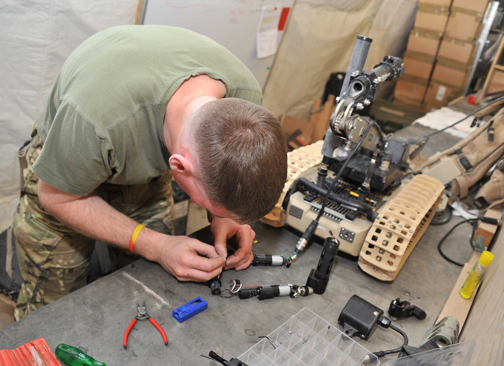 Manufacturers who can look beyond military-specific experience and appreciate the technical expertise of ex-Forces personnel can benefit greatly from the huge training budget invested in the military.