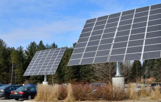 Solar panels imported into the US will now face large tariffs. Image courtesy of Wikipedia.