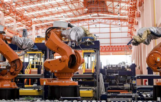 UK manufacturers are confident about growth prospects in 2018 - image courtesy of Depositphotos.