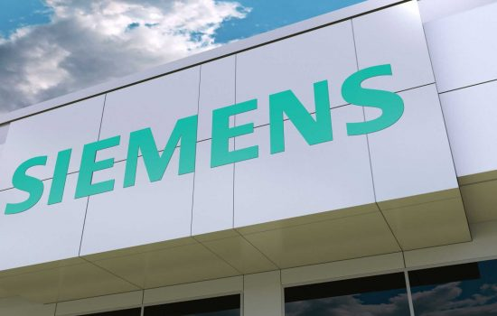 Siemens has taken over ownership of a supplier of industrial RTLS focusing on applications enabling efficient use of mobile robots - image courtesy of Depositphotos.