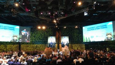 At Salesforce World Tour London 2018, more than 9.000 guests attend over 30 innovative expert-led sessions - image courtesy of The Manufacturer.