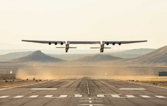 largest aircraft ever - image courtesy of stratolaunch