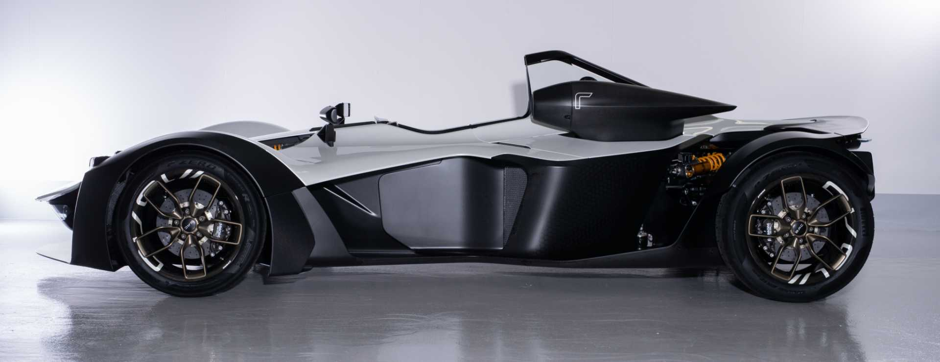 Side View - BAC Mono R Supercar - image courtesy of Stratasys / Briggs Automotive Company