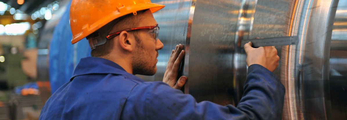 CROP - Sheffield-forgemasters-apprentice