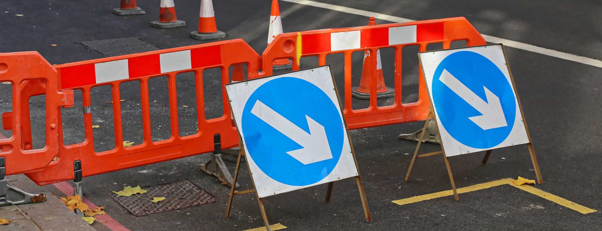 Street Works Traffic Arrows Road Maintenance - image courtesy of Depositphotos.