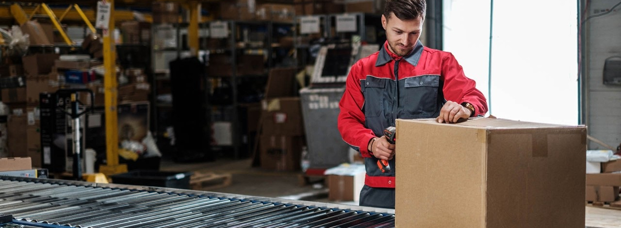 Is 'Going Direct' the key to growing your manufacturing business? - STOCK image