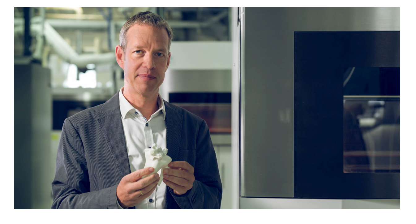Bart Van der Schueren is Chief Technology Officer at Materialise