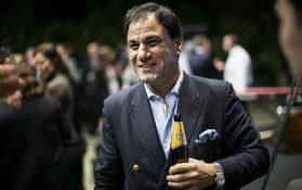Lord Karan Bilimoria = Cobra beer bottle 2 digital manufacturing week