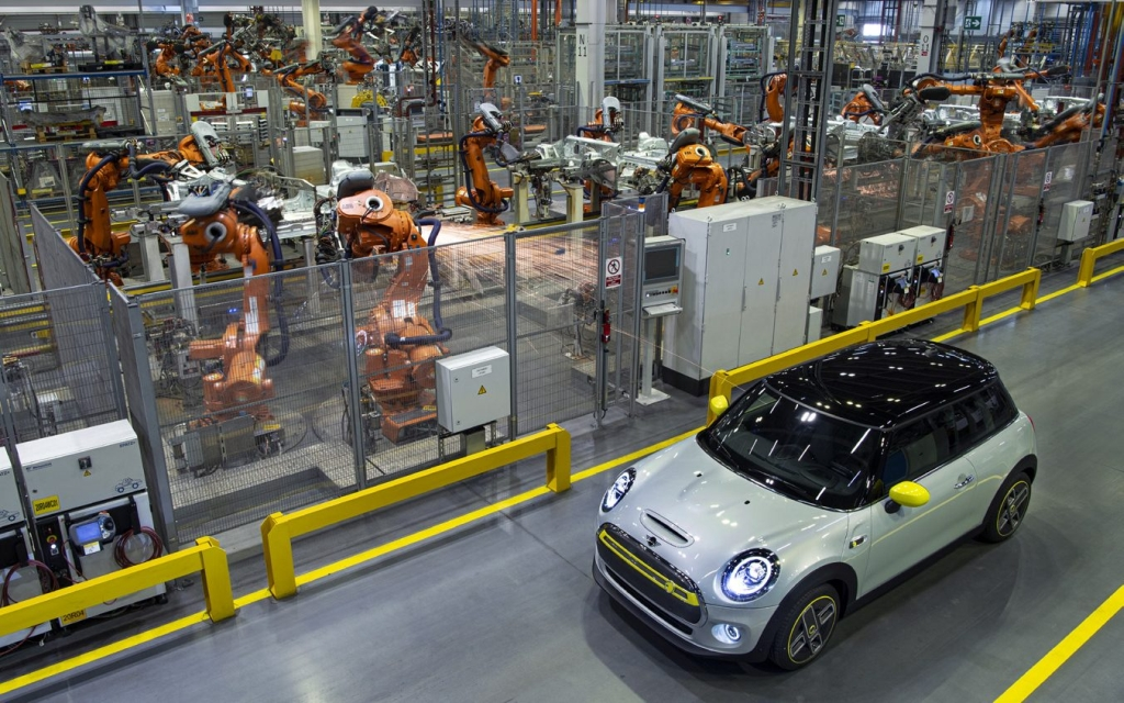 The MINI Electric inside the factory in Cowley, Oxford, where a MINI is made every 67 seconds IMAGE: BMW MINI