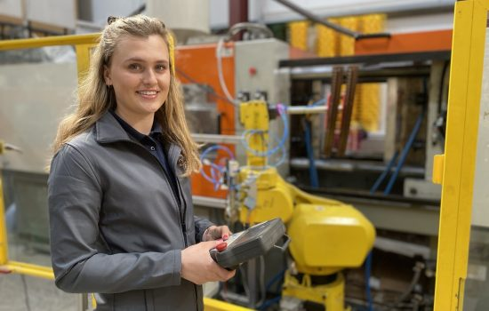 Made Smarter backs 200th manufacturing project. Bloom-in-Box's Hannah Reardon. Image courtesy of Bloom-In-Box.